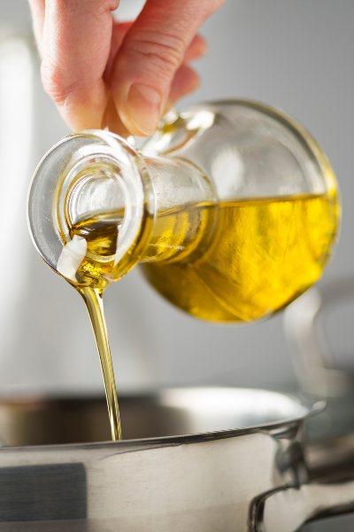 El aceite vegetal no debe faltar en tu cocina y preparaciones