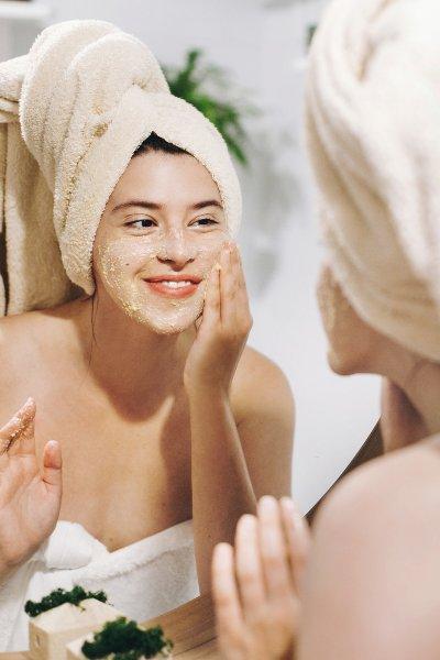 Exfoliante facial con aceite de oliva