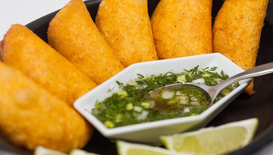 Empanadas como una de las preparaciones que hacen parte de la gastronomía de Colombia
