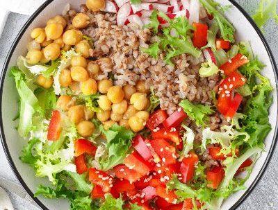 Para una buena nutrición requieres de alimentación equilibrada