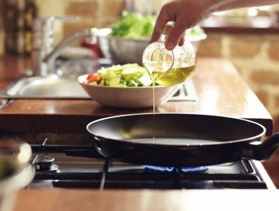Para qué sirve el aceite de oliva en la cocina