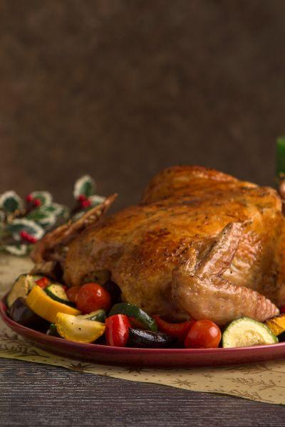 Pollo rostizado al horno con vegetales