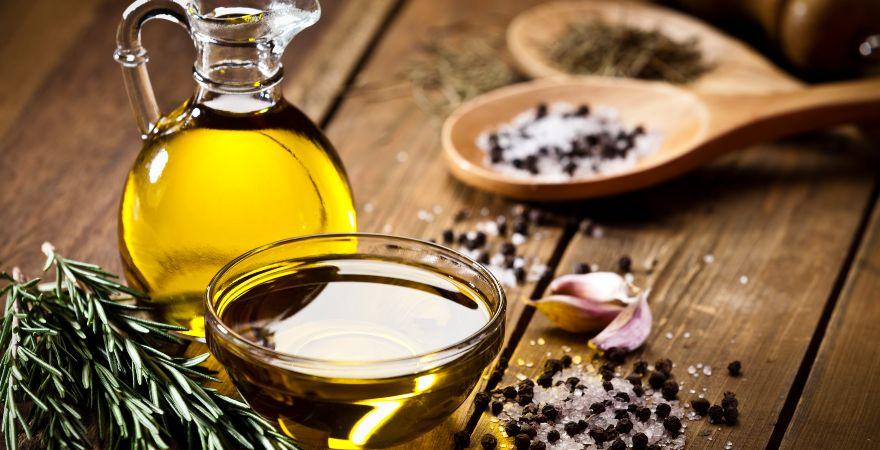 El aceite de oliva como uno de los alimentos con vitamina E