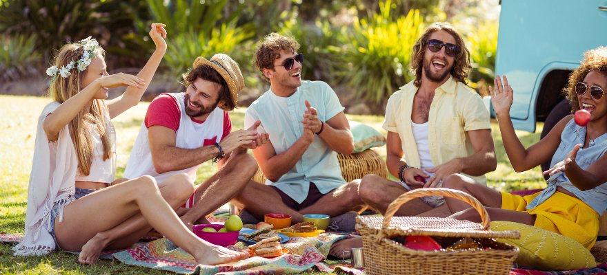 Picnic con amigos para hacerlo inolvidable